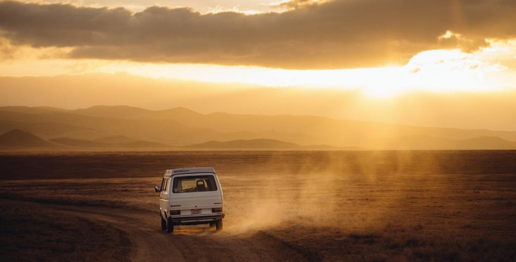 car in desert1