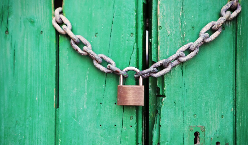 door-green-lock-4291-825x550