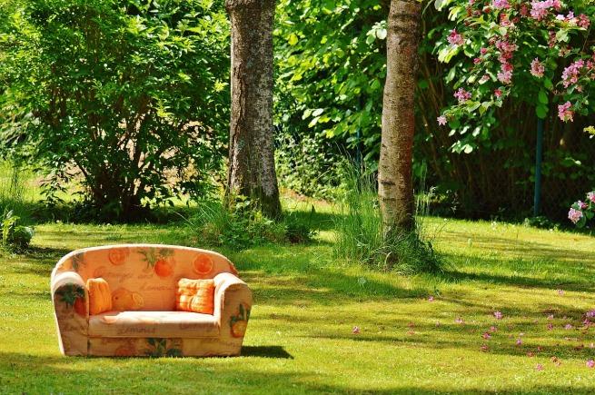 sofa-hide